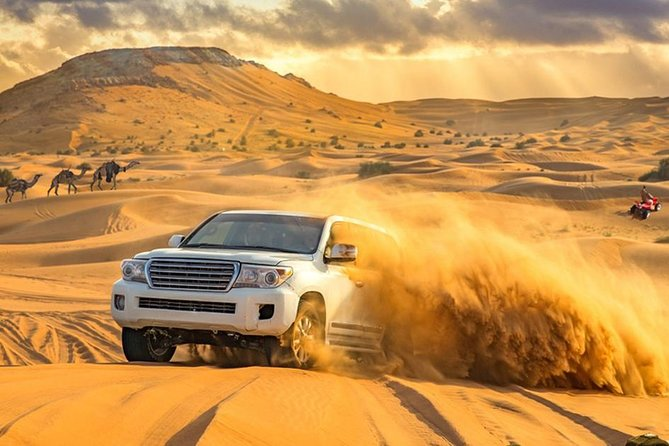 4 Wheel Drive Desert Safari with BBQ Dinner