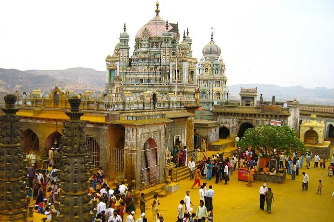 Private Full-Day Mumbai Temple Tour