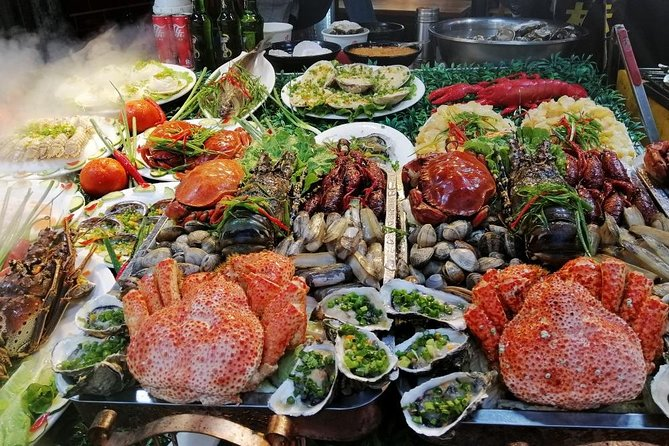 4-Hour Xiamen Private Local Food Market Experience
