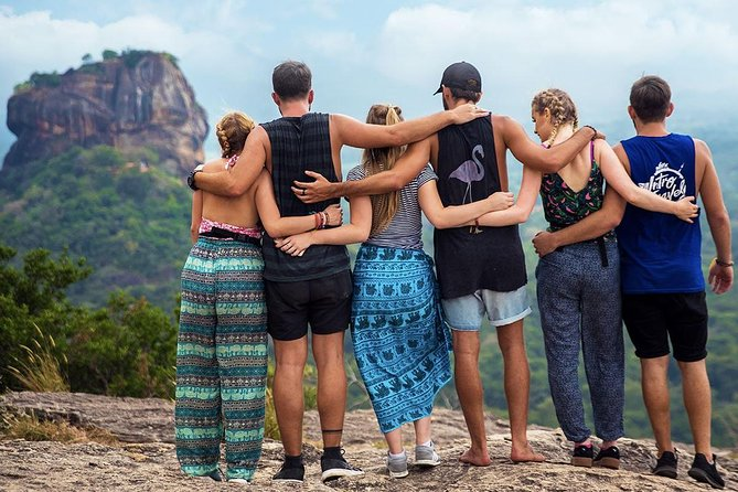 Sri Lanka: See & Experience it ALL in 10 Days, 1st Class Traveling