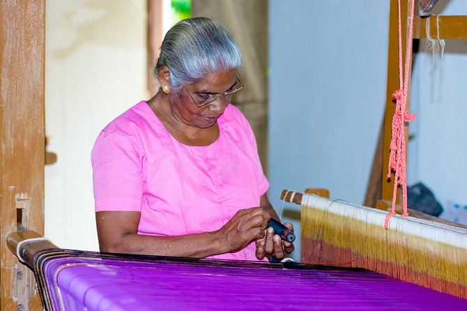 One Day Tour At The Local Handicrafts Village In Kandy With Anurudda photo 1