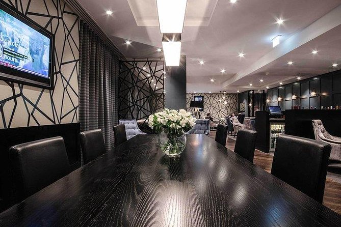 Gatwick North Airport Lounge - Clubrooms