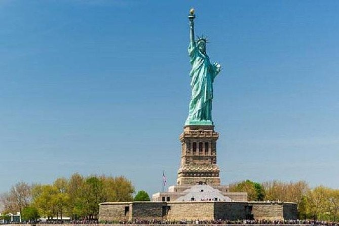 NYC tour with Statue of Liberty and Empire State Building Option