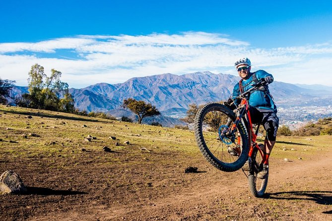 Private Guided Mountain Bike tour in E-Bike from Santiago in the Andes