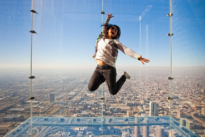 Skip the Line: Skydeck Chicago Admission Ticket