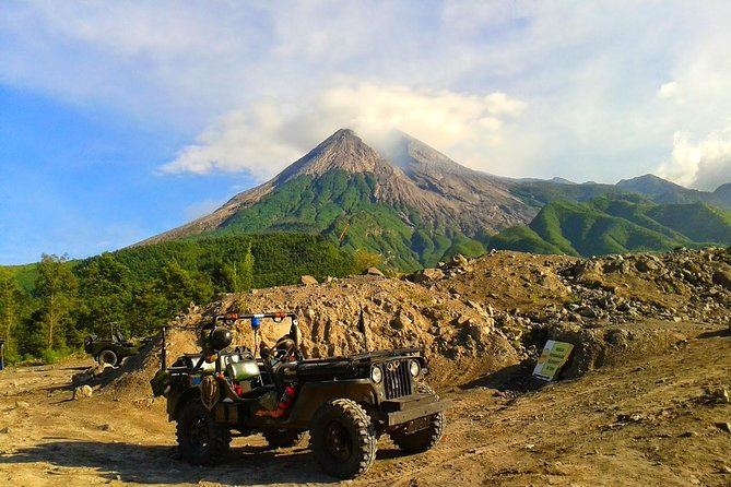 Borobudur Sunrise And Merapi Lava Experience With Jeep (PRIVATE TOUR)