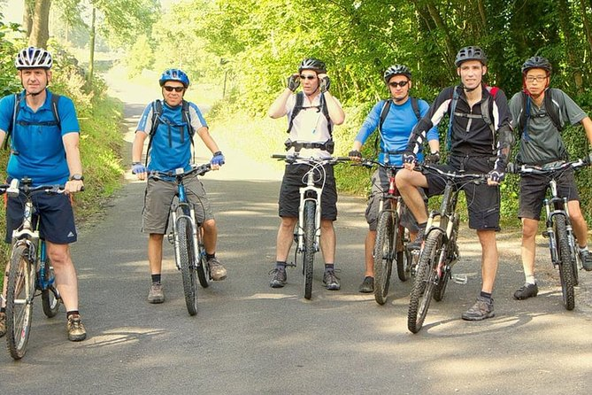 Countryside cycling expedition in Colombo