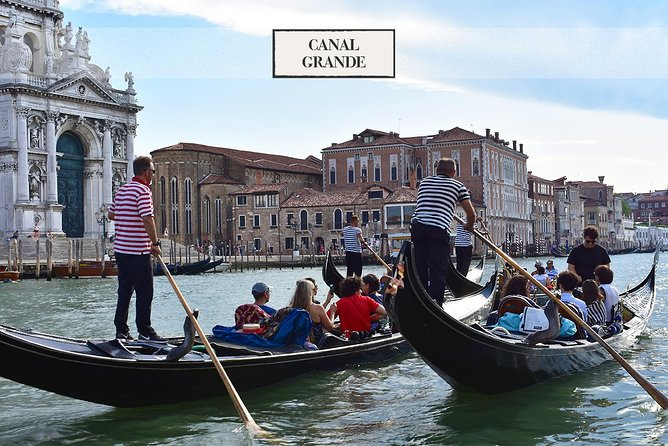 Gondola ride with singer & Music plus St.Mark's audioguide