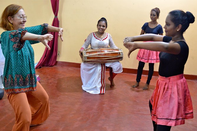 Traditional Dance Experience in Panadura