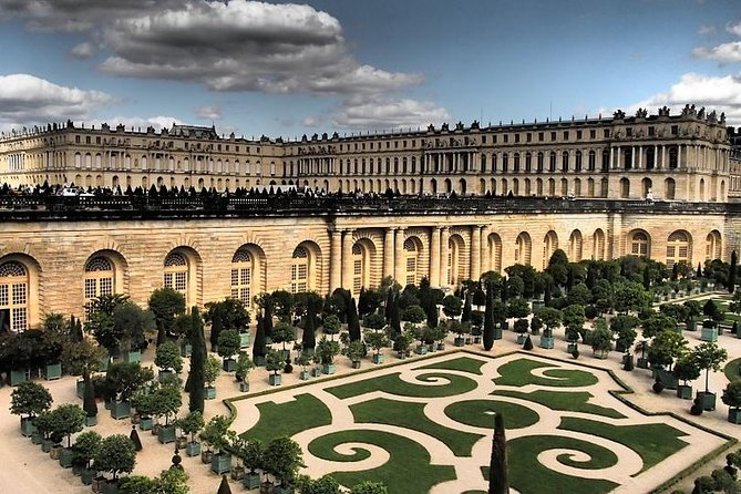 Private 5-hour tour to Palace of Versailles (skip the line) from Paris Hotel