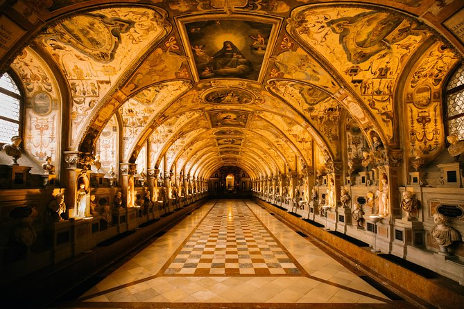 Munich History Tour with a Local Expert: 100% Personalized & Private ★★★★★