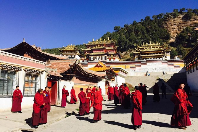 2-Day Lanzhou Private Trip to Bingling Temple and Labrang Monastery, Lanzhou, CHINA
