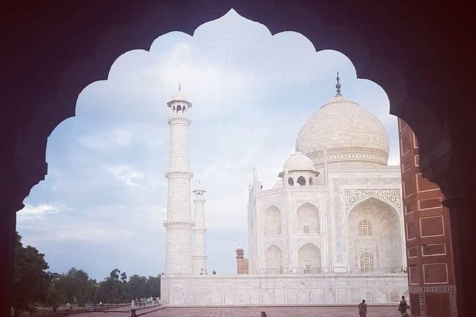 Same Day Agra Tour By Car photo 4