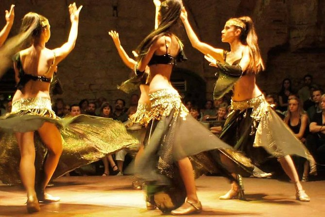 Dinner with traditional dance shows in cave restaurants