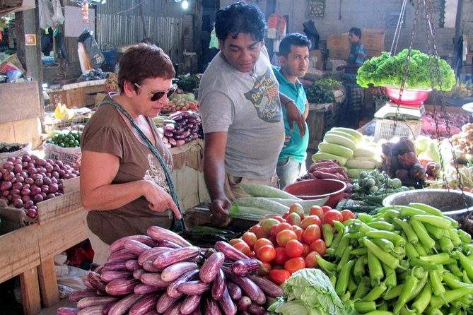 Local Market Tour & Cooking Demo with Lunch