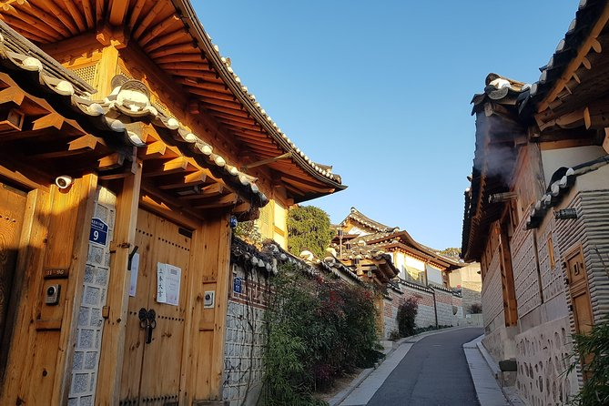 Seoul full day private tour with Korean local food