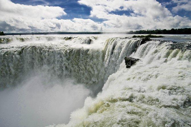 Overnight Iguazú Falls from Puerto Iguazú