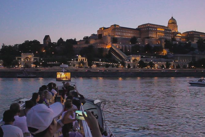 Budapest Danube River Evening Sightseeing Cruise by Legenda City Cruises photo 4