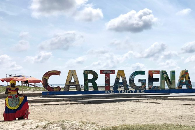 Welcome to Cartagena La Fantastica Tour. City first approach.