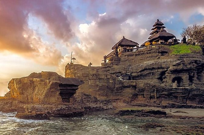 Tanah Lot Bali Temple Sunset Small Group Tour – Half Day