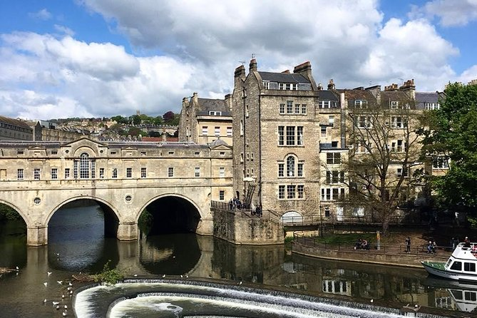 BATH: Private Walking Tour with Blue Badge Tour Guide, (2hrs), £150 per group