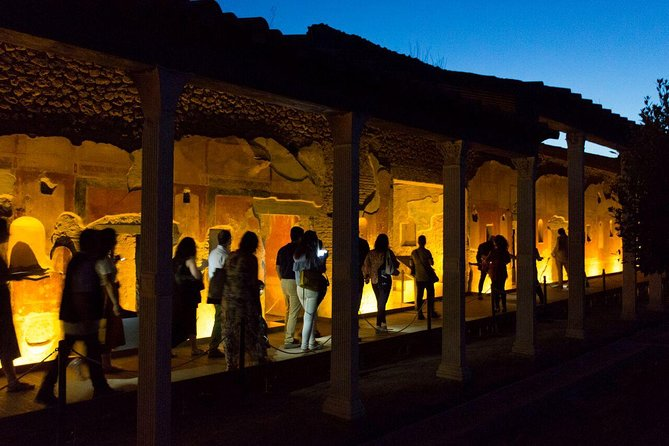 Explore Pompeii with an Archaeologist by night