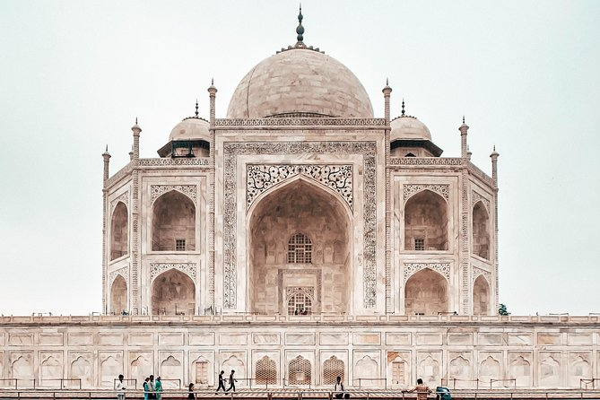 Taj Mahal Agra Tour by Superfast Gatimaan Express Train