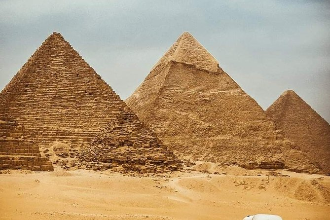 4 Person VIP Cairo private transport and private guided tour