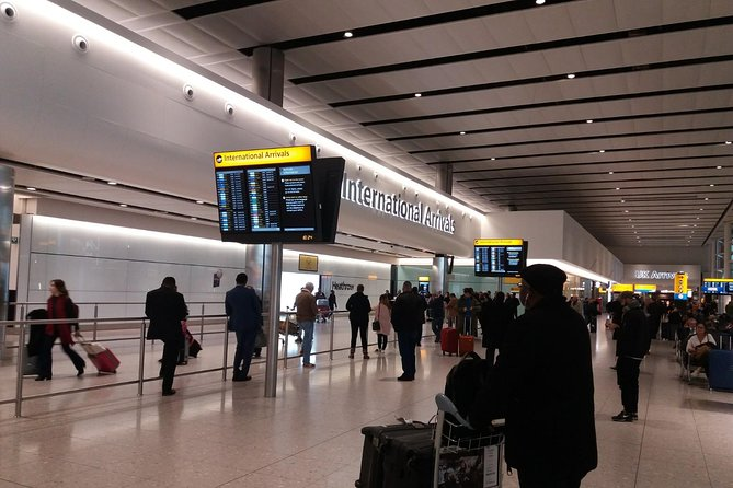 Lastminute London Gatwick Airport arrival to Hotel/Accommodation