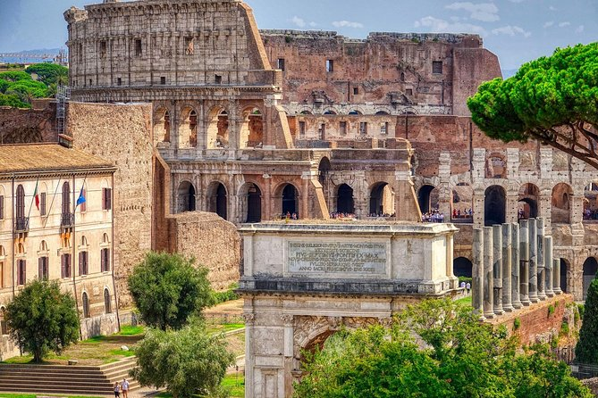 Rome Flavian Tour: Colosseum amphitheatre guided excursion