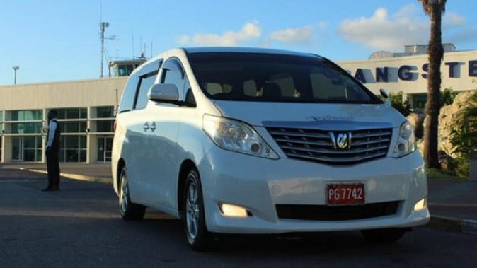 Private Departure Transfer: Hotel to Kingston International Airport (KIN)