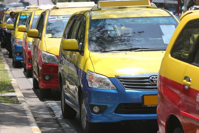 Transport (Chiang Mai Airport to Hotel in Daradhavhi Area)