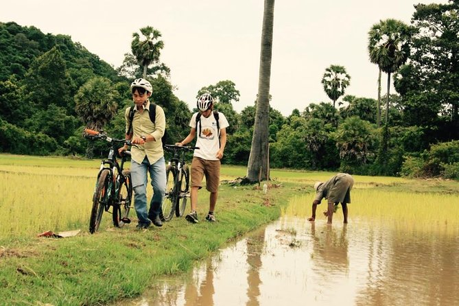 Private Special Angkor Biking Tour photo 2