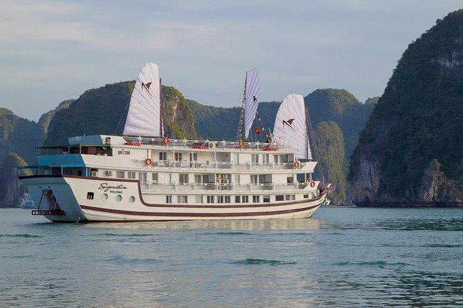 Bai Tu Long Bay Luxury Cruise 2D/1N: Visit Bai Tu Long bay & pristine places