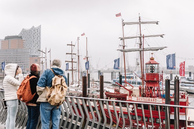 Kickstart your trip to Hamburg with a local: private & personalized