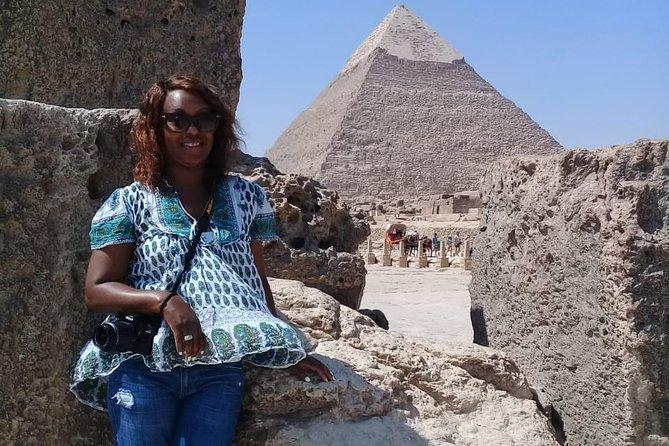 day tour to Giza pyramids , Sakkara and Memphis from cairo giza hotels