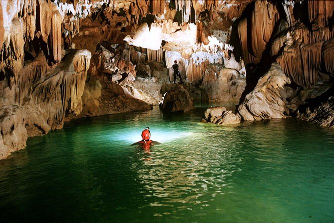 PHONG NHA CAVE- PARADISE CAVE DELUXE GROUP FULL DAY FROM DONG HOI or PHONG NHA photo 6