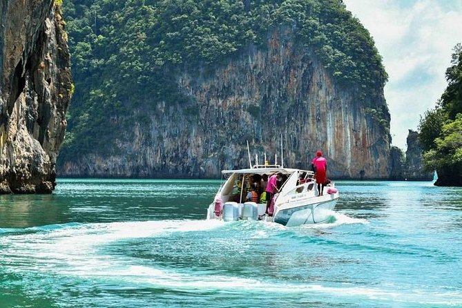 Private Speed Boat Tour to James Bond with Canoeing Trip