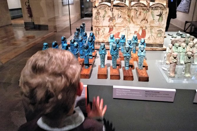 Tour Privado do Museu Egípcio de Turim para crianças e famílias com traslado do hotel