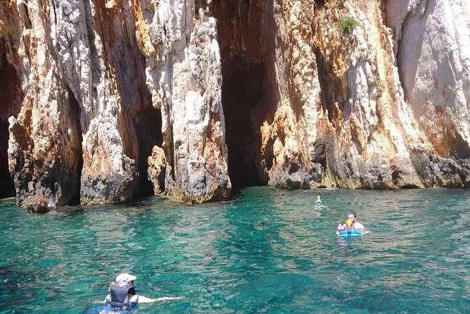 Discover hidden beauties on private boat trip from Split and Brac photo 6
