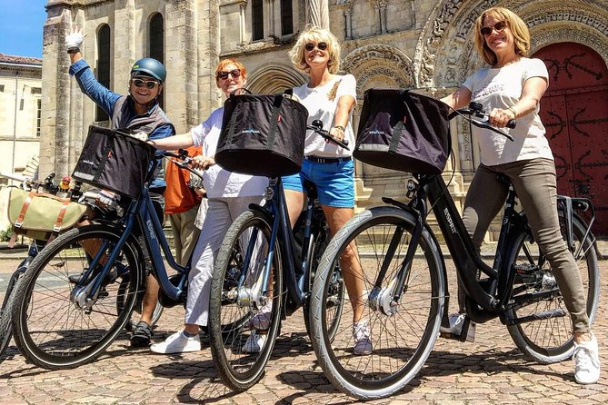 Guided Tour of Bordeaux by Bike
