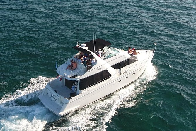 Playa Mujeres rent a Yacht 6hrs with Food and drinks aboard (MagicSea-P4) photo 12