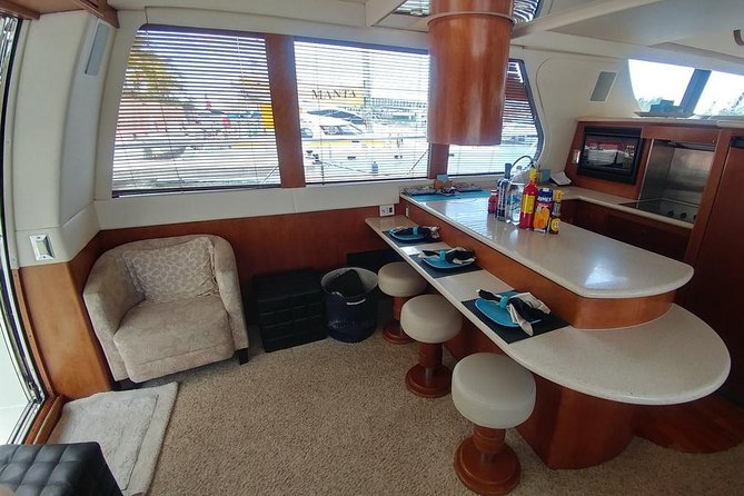Playa Mujeres rent a Yacht 6hrs with Food and drinks aboard (MagicSea-P4) photo 9