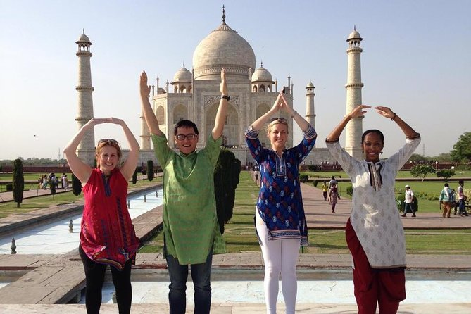 Private Day Trip of Taj Mahal and Agra Fort By Superfast Train - All Inclusive
