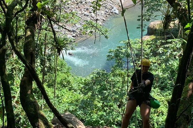 Rappelling down waterfalls with organic lunch and farm tour photo 2