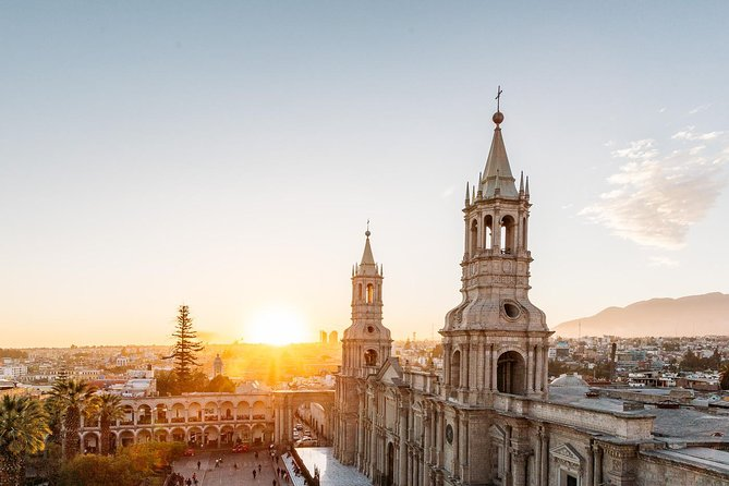 Golden hour, legends of Arequipa and Peruvian Coffee