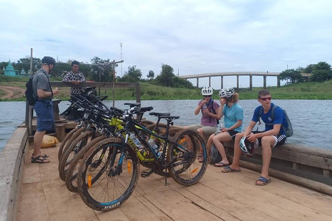 Oudong Mountain And Floating Village Cycle Tour