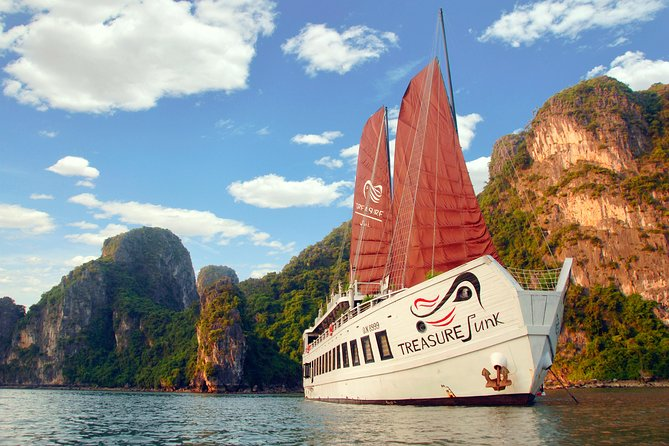 Bai Tu Long's Ultimate Getaway on Boutique Treasure Junk Cruise
