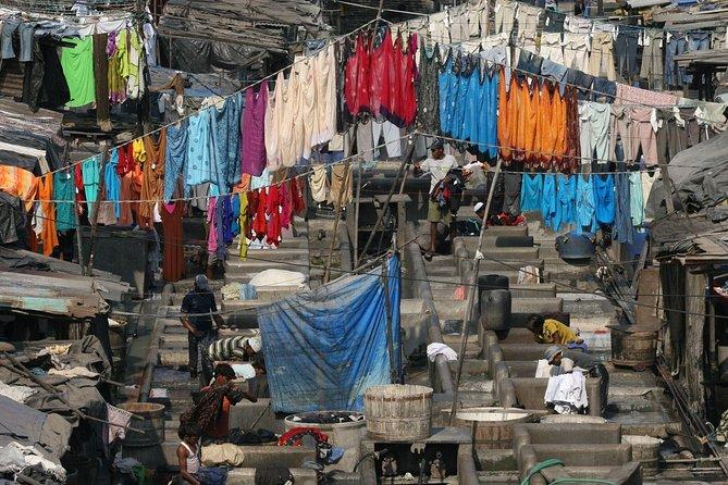 Excursão turística de dia inteiro em Mumbai por transporte público