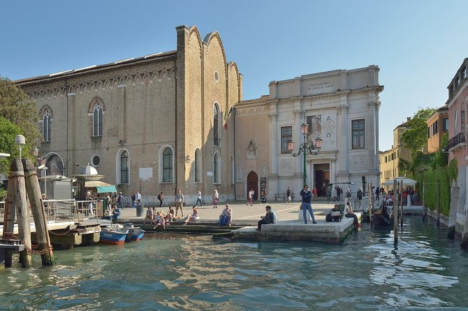 Accademia Gallery and Sestiere Dorsoduro private tour